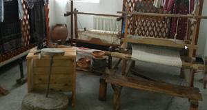 muzeul satului din Mănești